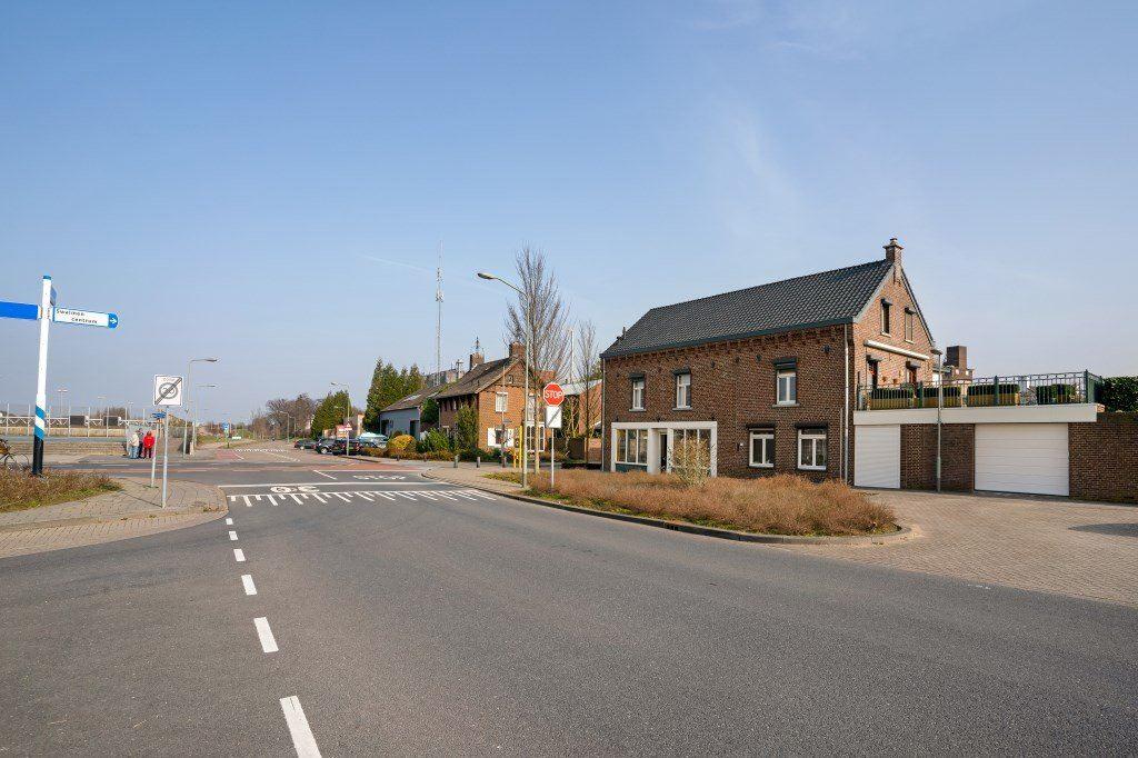 Bekijk foto 3 van Stationsstraat 54