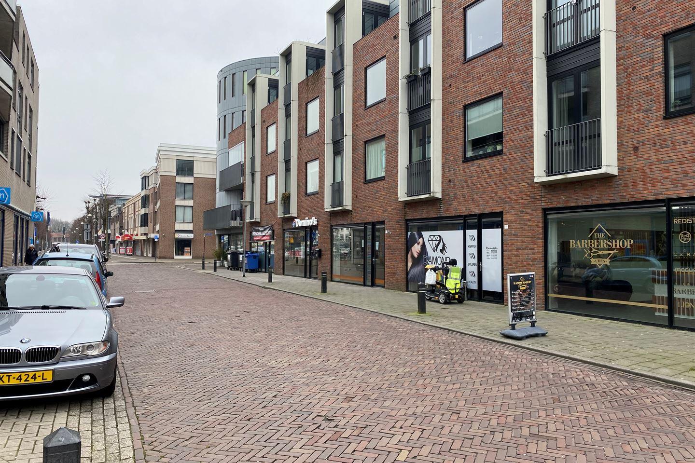 Bekijk foto 2 van Oranjestraat 15