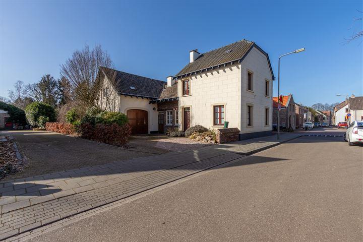 Heilig Kruisstraat 24
