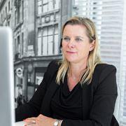 Sandra van der Burg - Commercieel medewerker