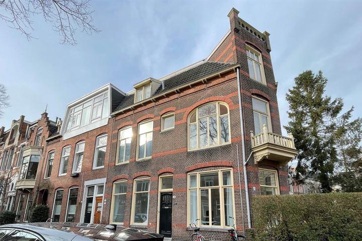 H.W. Mesdagstraat 1