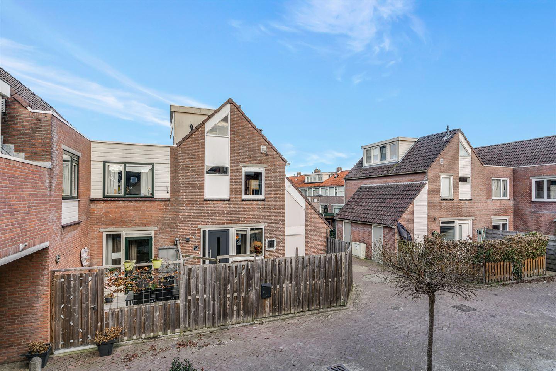 Bekijk foto 2 van G.B. de Vroomenstraat 17