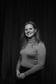 Janine Vermeer - Secretaresse