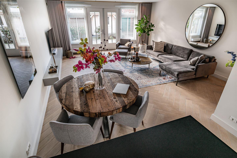 View photo 2 of Oude Rijnsburgerweg 50