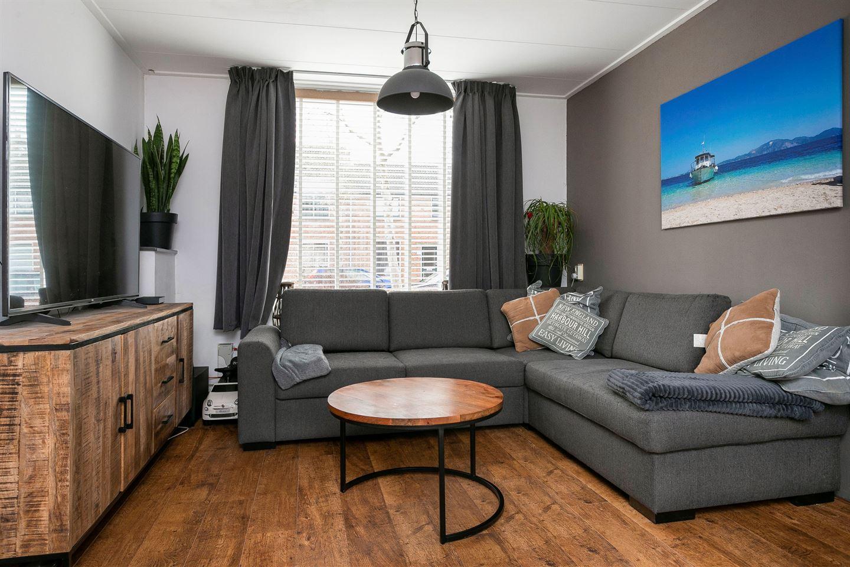 View photo 5 of Pieter de Hooghstraat 46