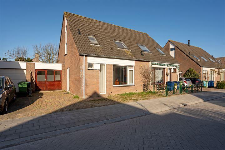 Utrechthof 8