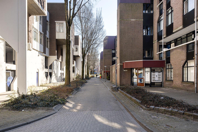 View photo 2 of Noordmolenwerf 75