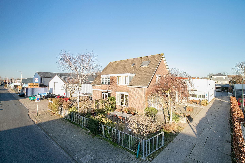 Bekijk foto 1 van Christiaan Huygensstraat 5
