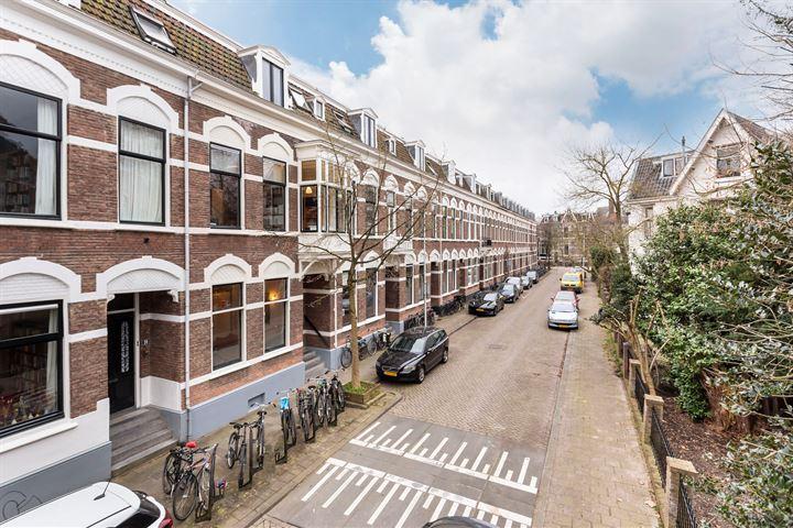 M.H. Trompstraat 12