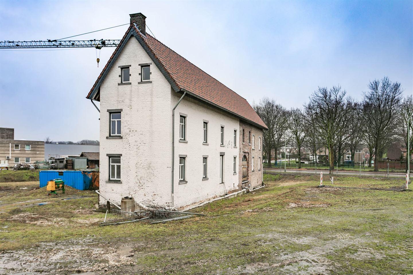 Bekijk foto 4 van Hoogenboschweg 27