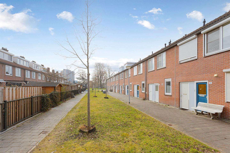 Bekijk foto 2 van De Biezenhof 24