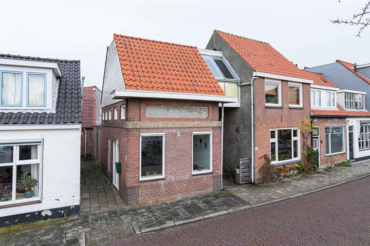 Kerkstraat 69
