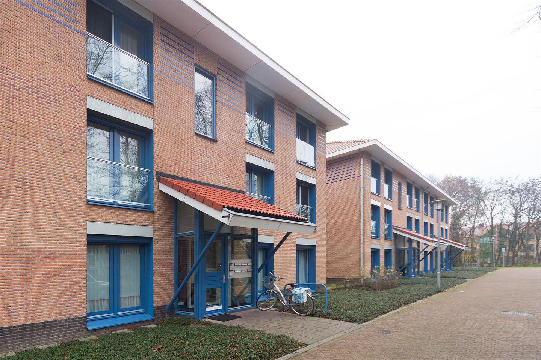 View photo 3 of Henriëtte van Heemstralaan 71