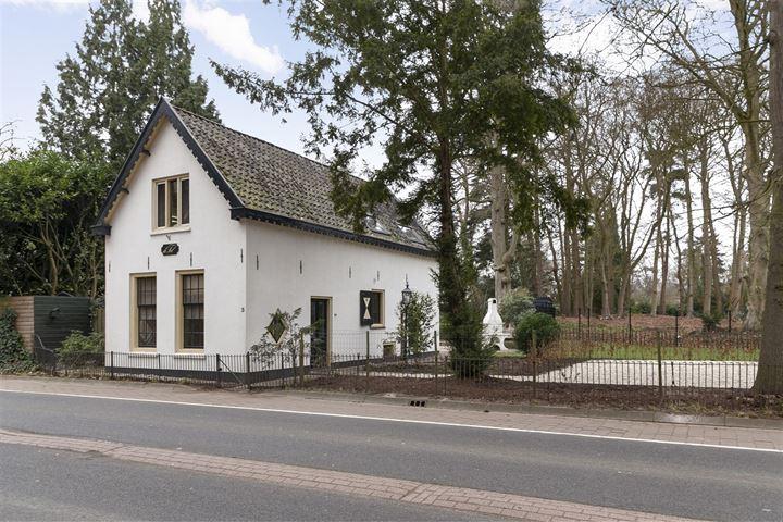 Dorpsstraat 3
