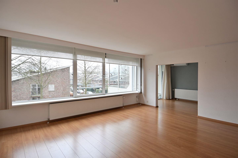 Bekijk foto 3 van Veenbesstraat 728