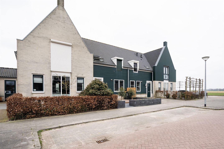 Bekijk foto 3 van Sneekerhof 15