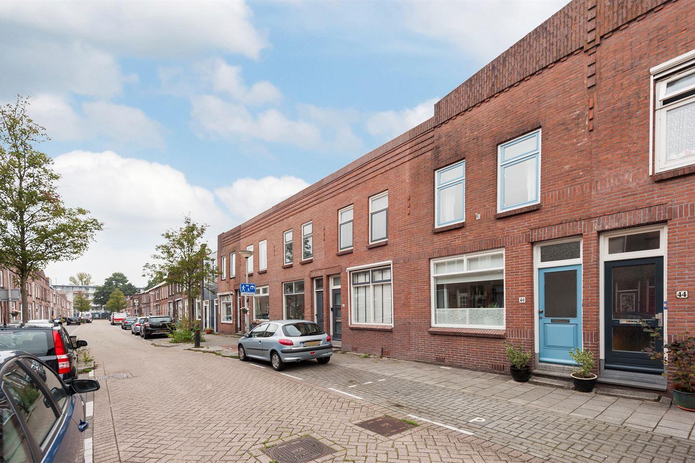 Bekijk foto 1 van Graaf van Bloisstraat 46