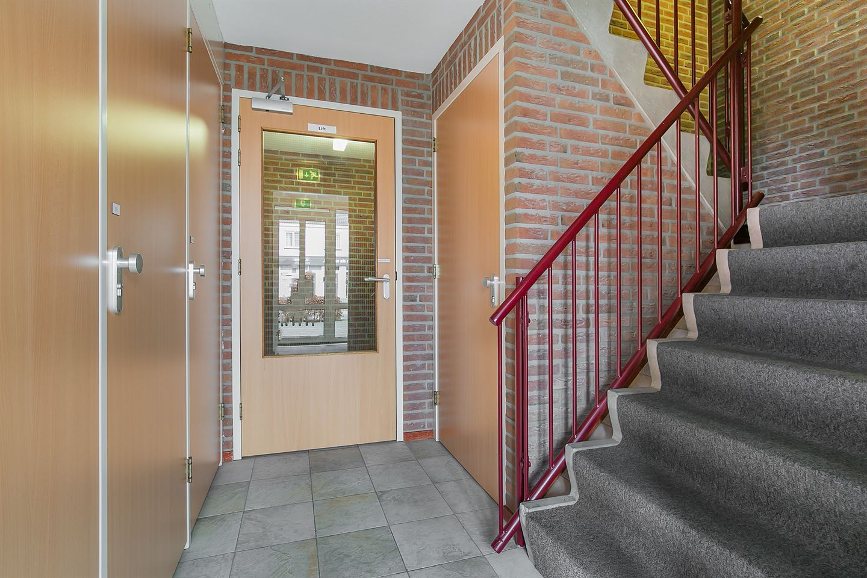 Bekijk foto 4 van Burgemeester Magneestraat 28 D