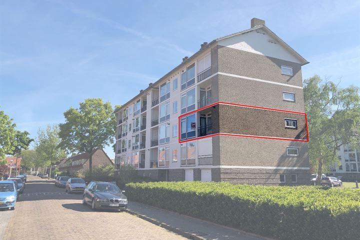 Simon van Leeuwenstraat 6