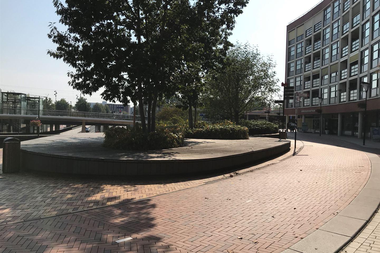 Bekijk foto 4 van Stationsplein 2-4
