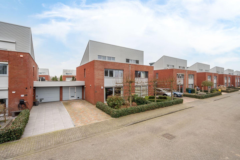 Bekijk foto 1 van Houttuinen-Oost 38