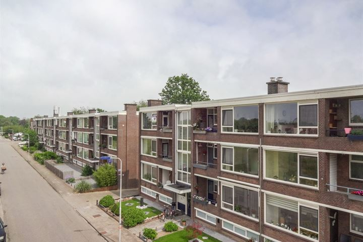 Jan van Riebeeckstraat 126