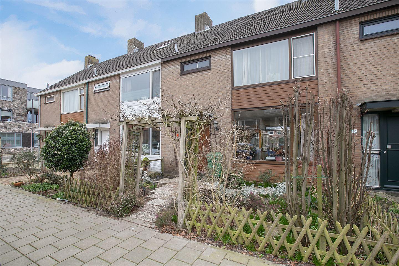 View photo 1 of van Woudeweg 8