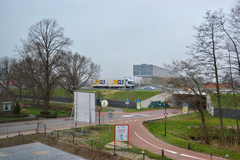 Bekijk foto 3 van Stationsstraat 78