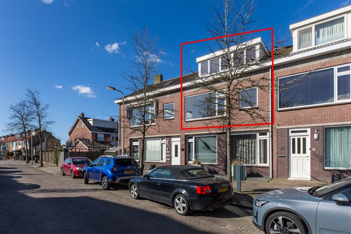 P J Warmerdamstraat 19