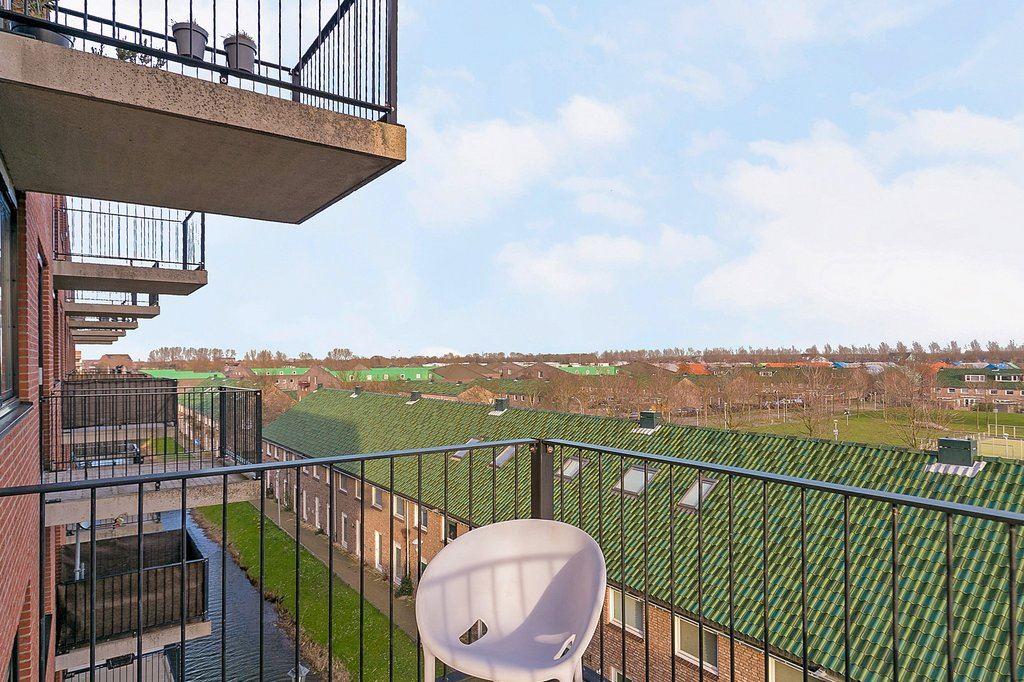 View photo 4 of Rijswijkse Landingslaan 272