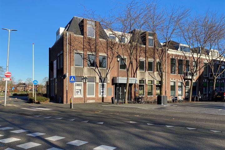Westdam 6, Woerden