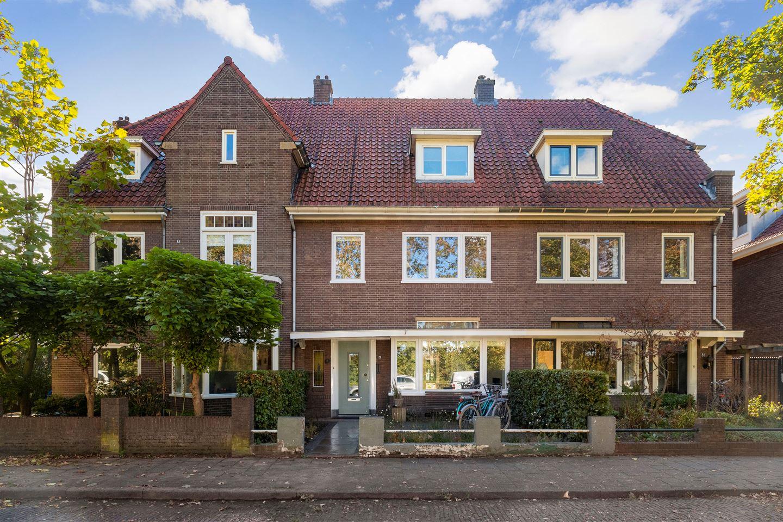 Bekijk foto 1 van Thijmstraat 29