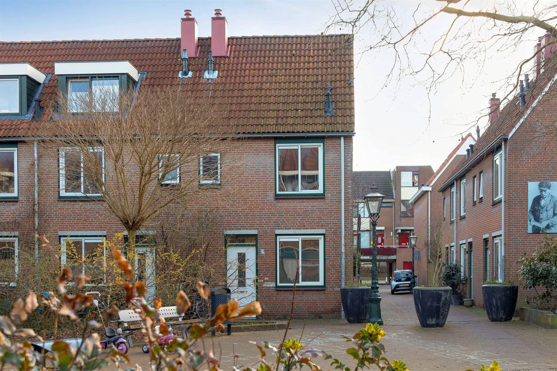 View photo 1 of Van der Lubbehof 33