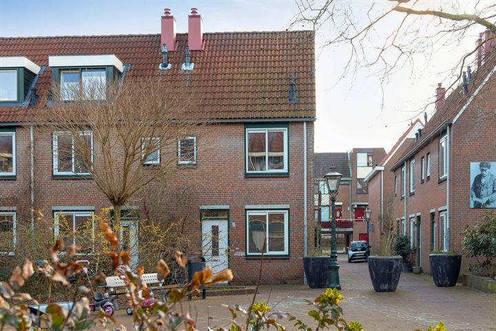 Van der Lubbehof 33