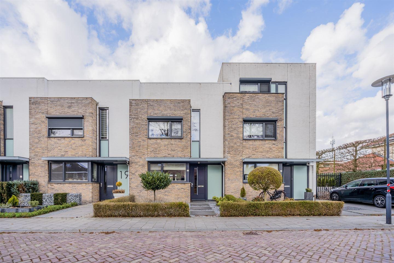 View photo 1 of Lieneke Willemenstraat 21
