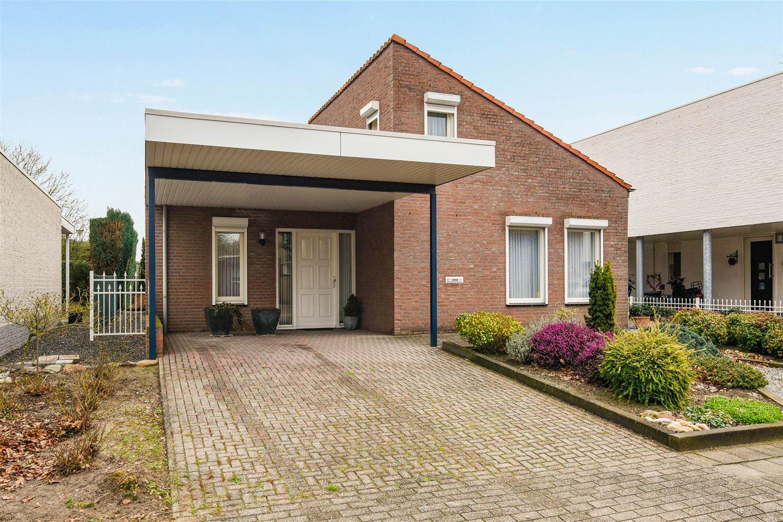 Bekijk foto 1 van Heer Willemstraat 6