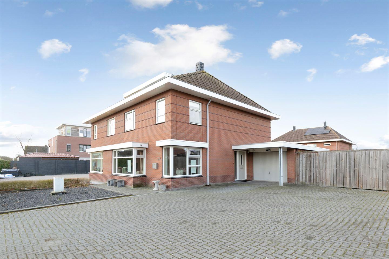 View photo 2 of Heemskerkstraat 22