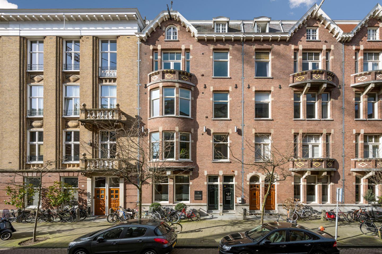 Bekijk foto 1 van Pieter de Hoochstraat 18