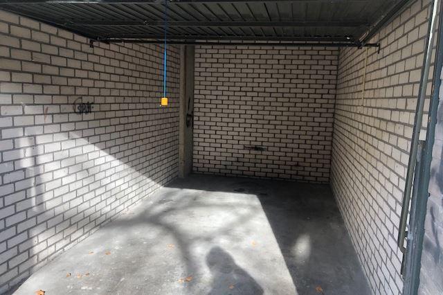 Bekijk foto 2 van Kwekerijstraat garage