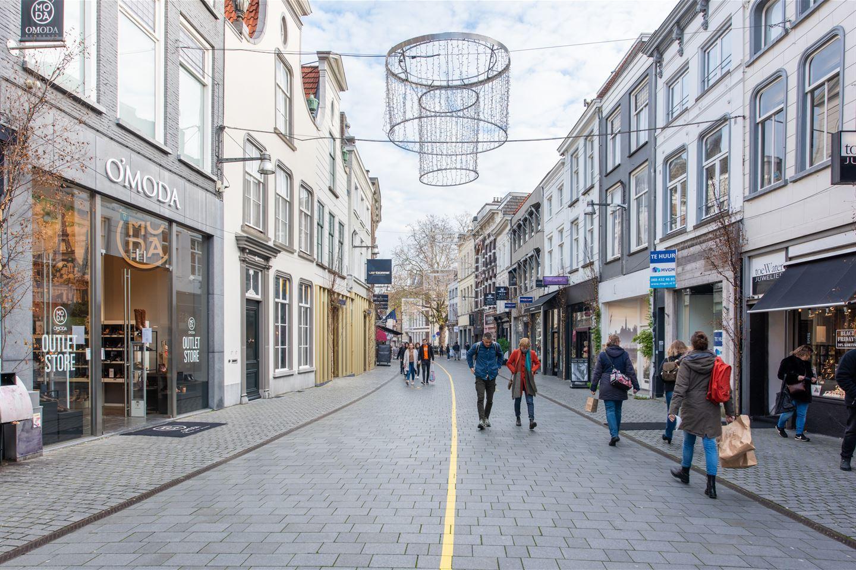Bekijk foto 2 van Veemarktstraat 17