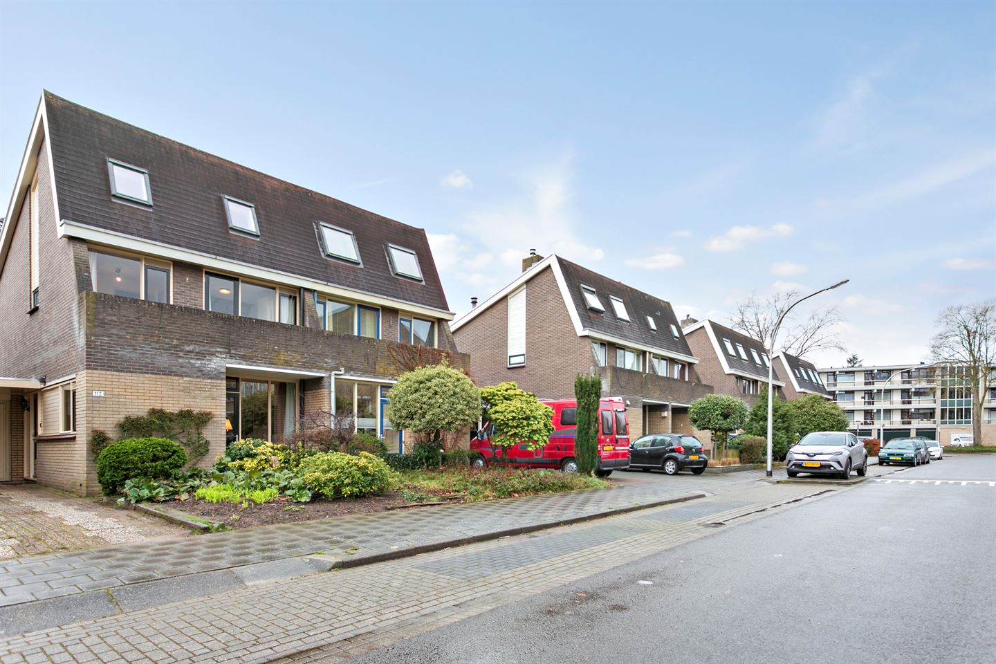 View photo 2 of Boutensgaarde 112