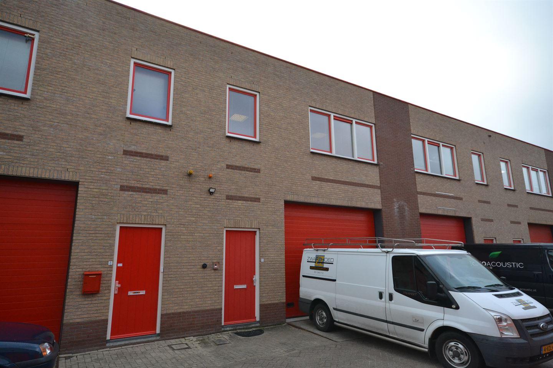 Bekijk foto 3 van Aambeeldstraat 10