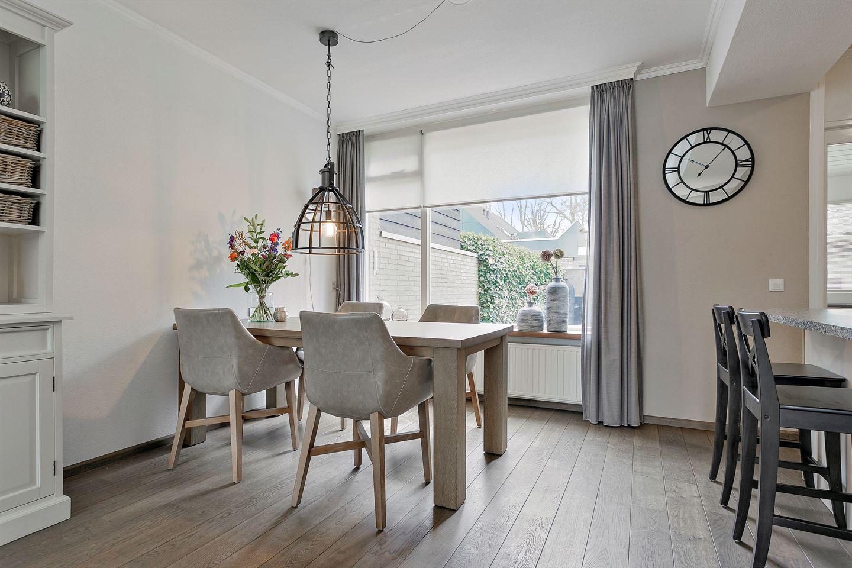 Bekijk foto 3 van Robijnstraat 15