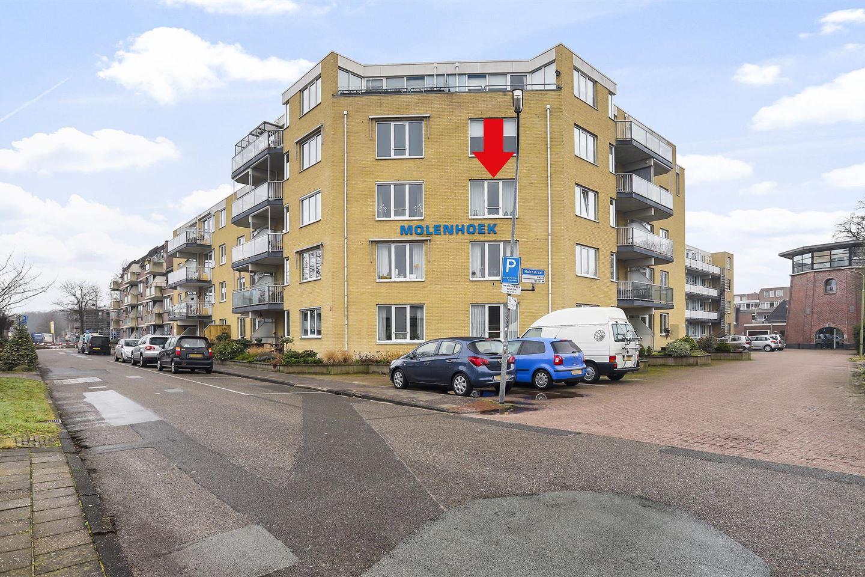Bekijk foto 1 van Molenstraat 41