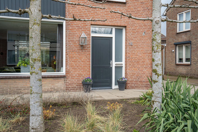Bekijk foto 3 van Marius van de Wildenbergstraat 18