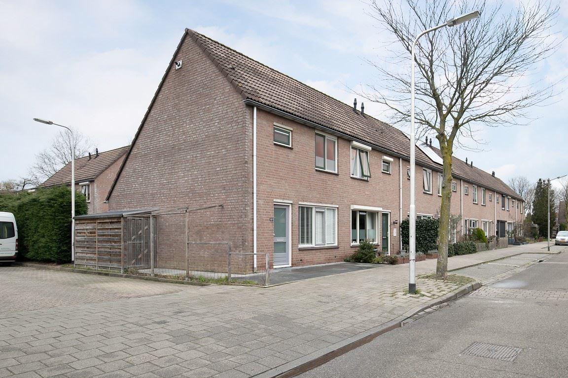 View photo 2 of Wedesteinbroek 1075