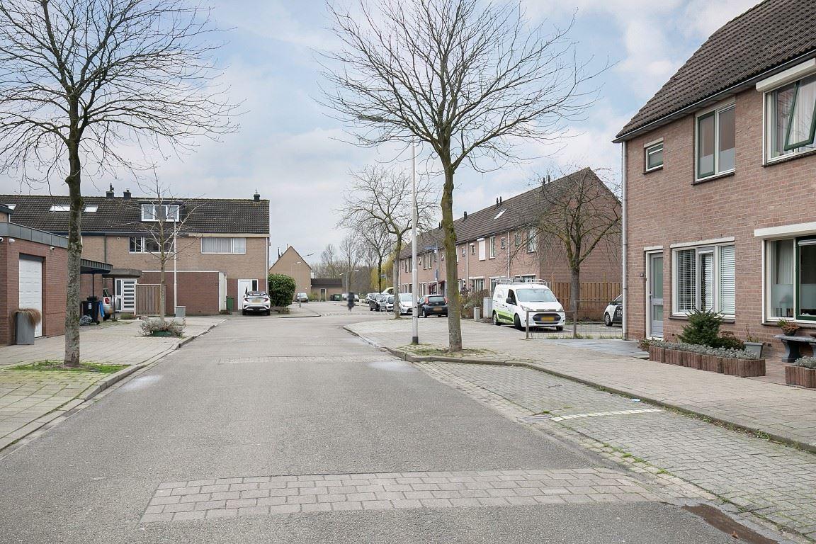 View photo 3 of Wedesteinbroek 1075