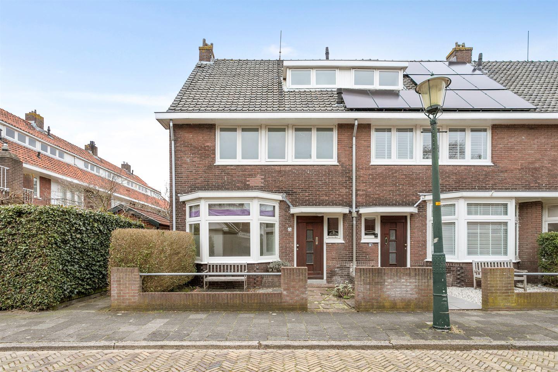 View photo 1 of Bisschop Bottemannestraat 76