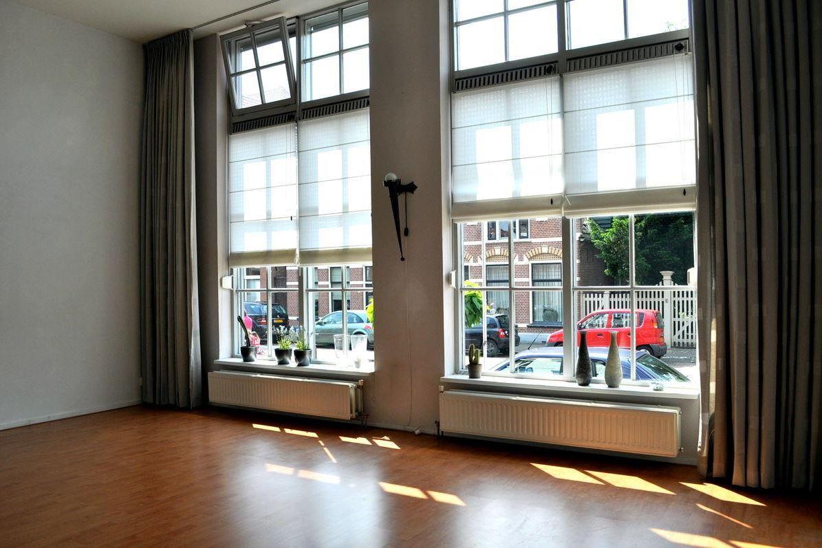Bekijk foto 2 van Catharinastraat 17 -01