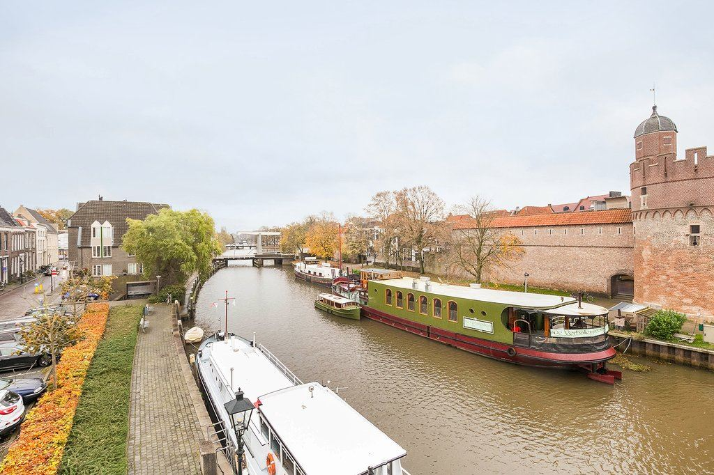 View photo 4 of Thorbeckegracht 4 F